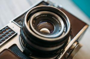 camera-801924_1280
